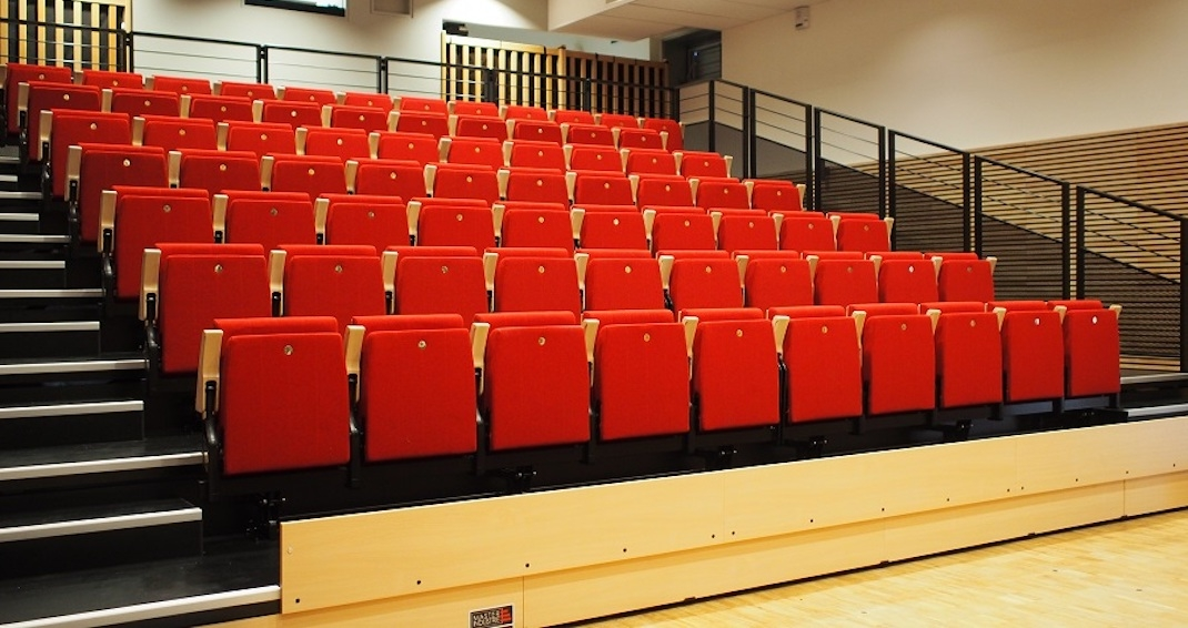 Telescopic Bleachers – A Winner At Sports Venues Worldwide